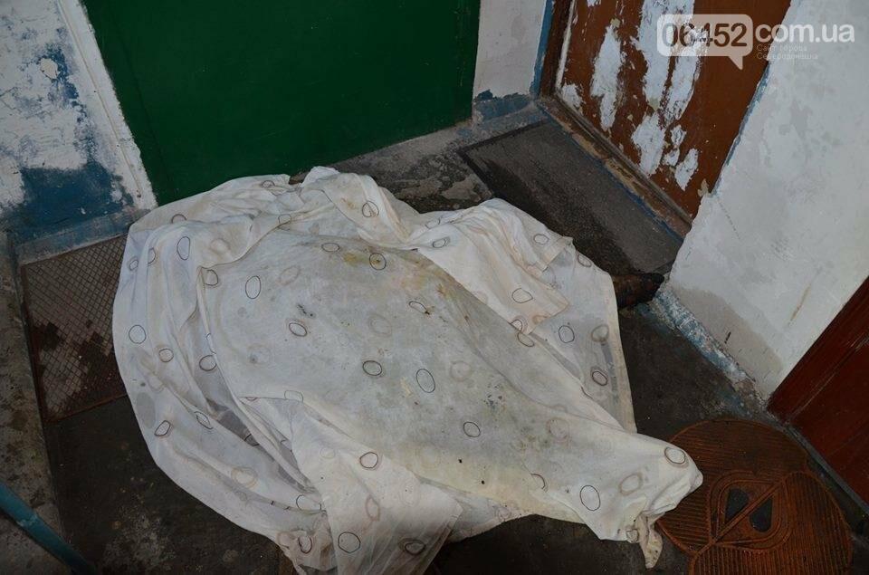 В Северодонецке заживо сгорел ребенок, мать с братом погибшего в реанимации (фото), фото-6