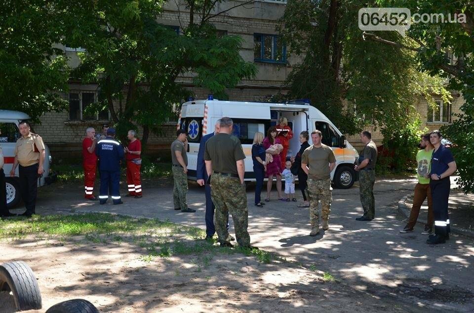 В Северодонецке заживо сгорел ребенок, мать с братом погибшего в реанимации (фото), фото-2