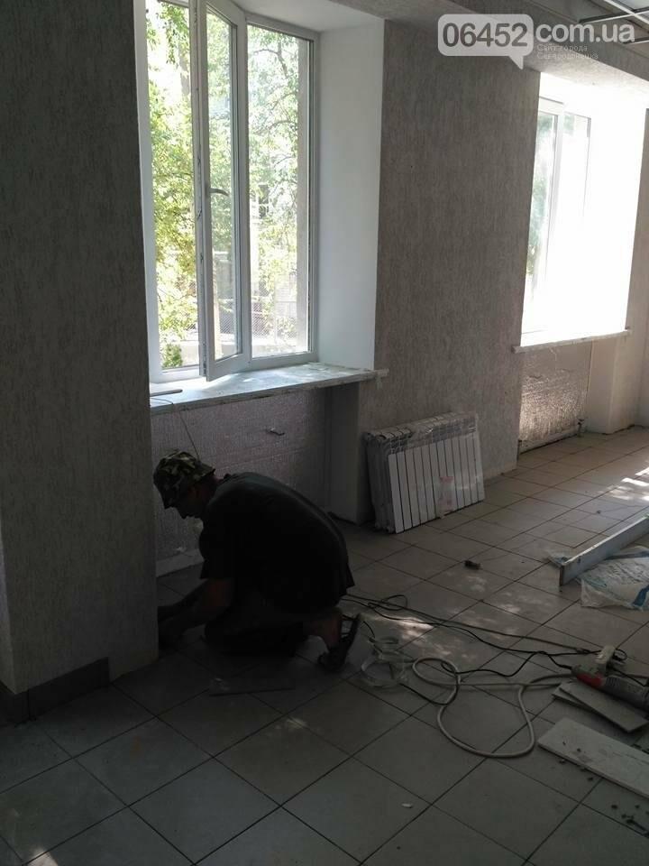 Рабочие приступили к очередному этапу ремонта пищеблока Северодонецкой горбольницы (фото), фото-6