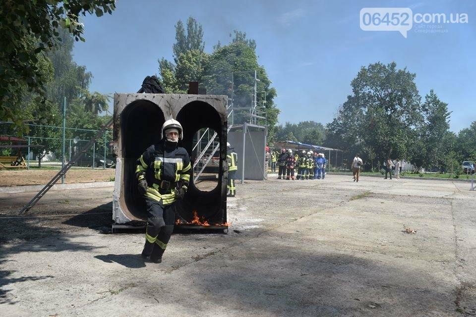 Зам мэра Северодонецка подался в спасатели (фото), фото-1