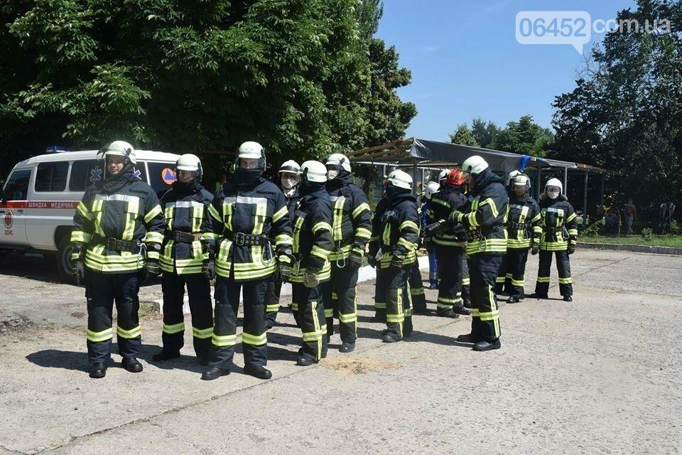 Зам мэра Северодонецка подался в спасатели (фото), фото-16