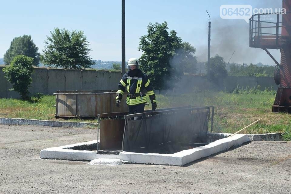 Зам мэра Северодонецка подался в спасатели (фото), фото-14