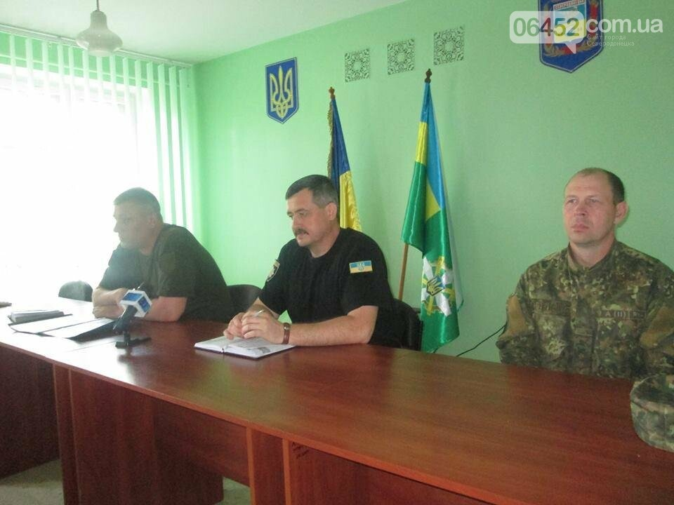 В Северодонецке руководство местной полиции рассказало о своих успехах, фото-3