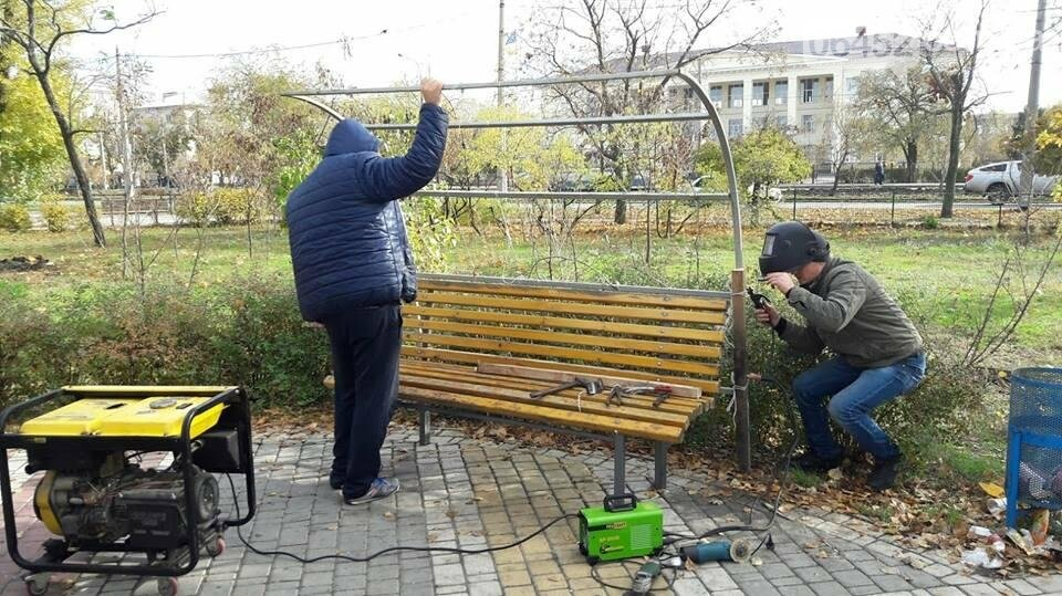 В Северодонецке после разгула вандалов привели в порядок поврежденный сквер Гоголя (фото), фото-8