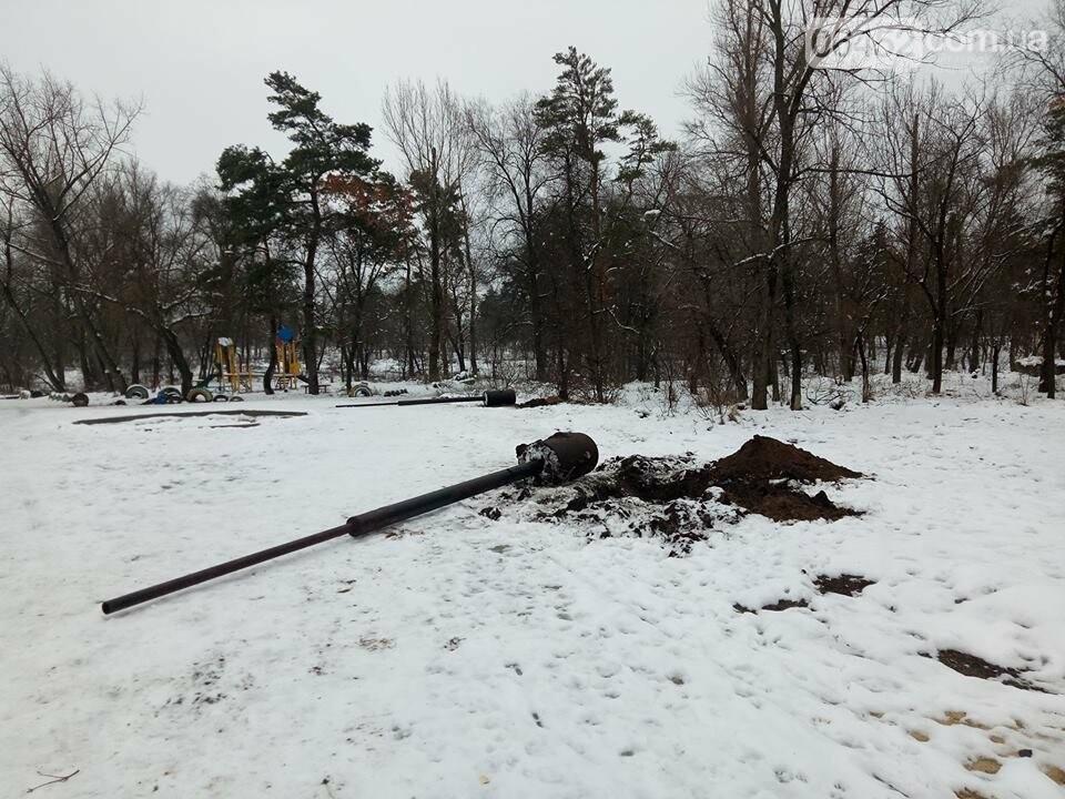 В Северодонецке демонтировали все столбы освещения на центральной аллее парка (фото), фото-4