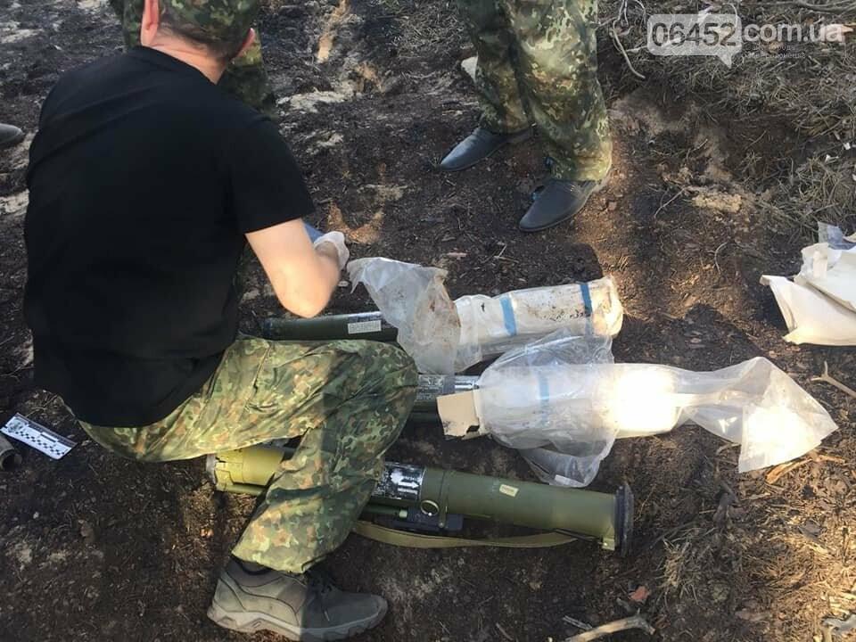 В районе возгорания леса под Северодонецком нашли три РПГ-26, фото-4