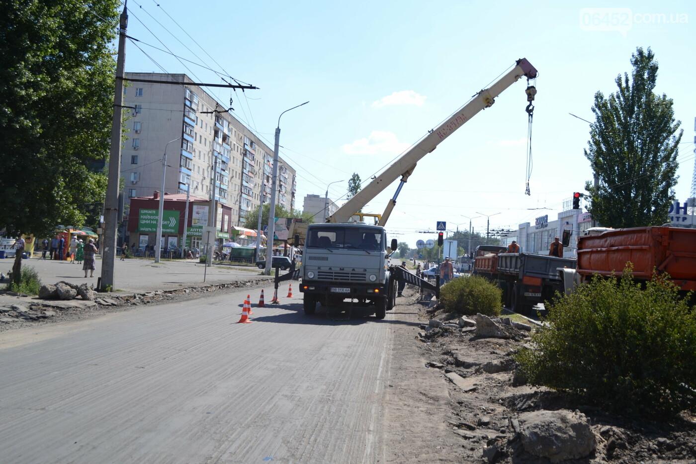 Бордюринг nonstop. В Северодонецке продолжается ремонт дорожного покрытия ( фото) , фото-8
