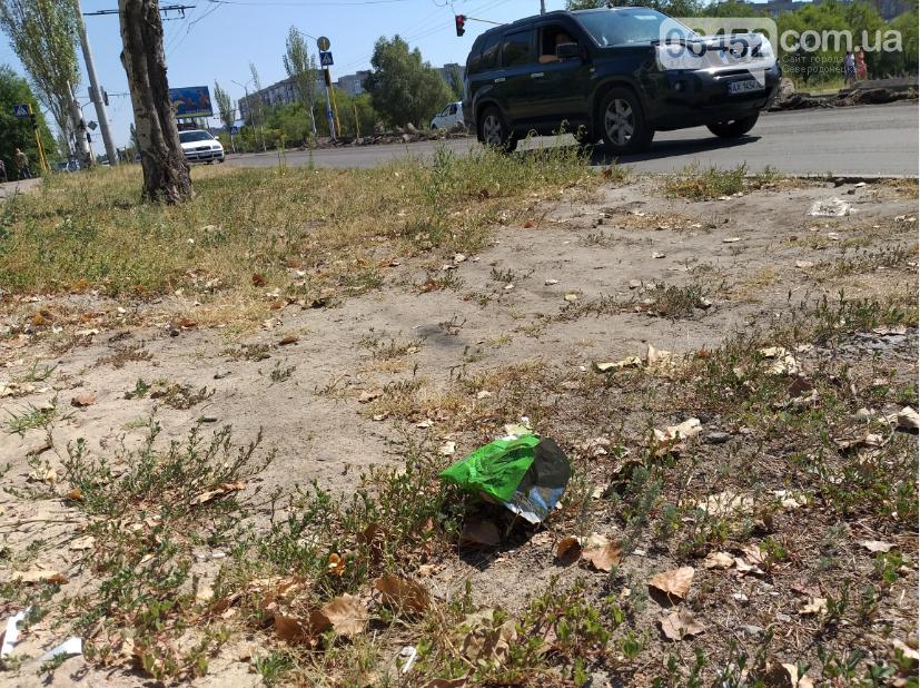 """Следы"" Независимости: Центр Северодонецка завален мусором (фото) , фото-8"
