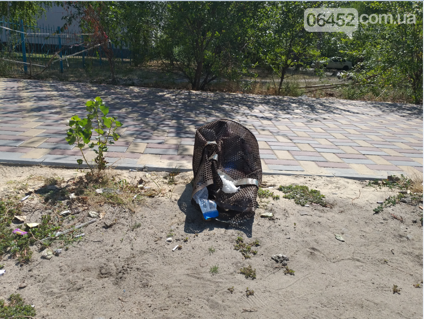 """Следы"" Независимости: Центр Северодонецка завален мусором (фото) , фото-15"