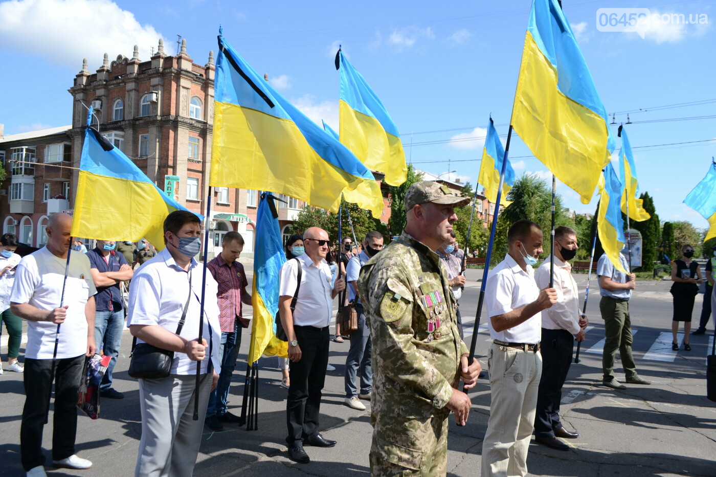 Северодончане почтили память погибших защитников Украины (фото) , фото-5