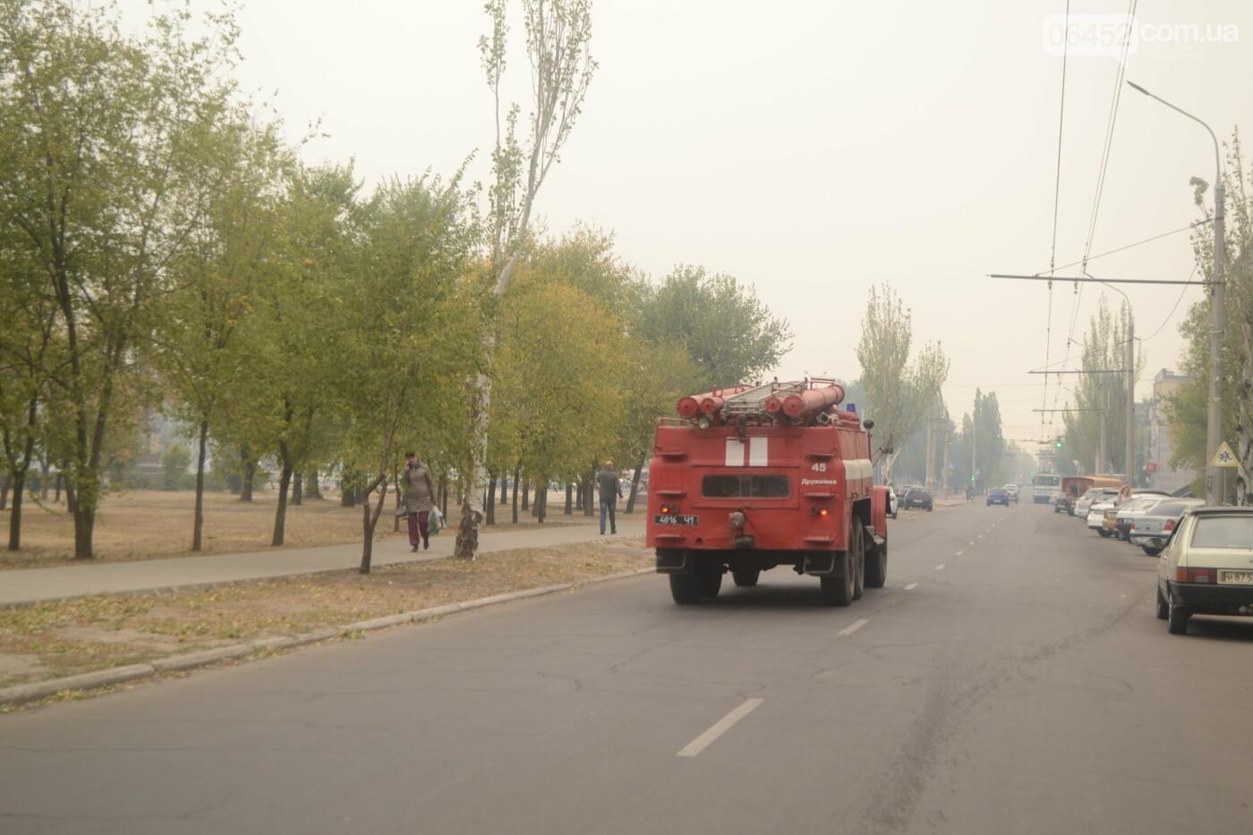 Северодонецк в дыму. Спасатели фиксируют новые очаги возгорания (фото) , фото-6