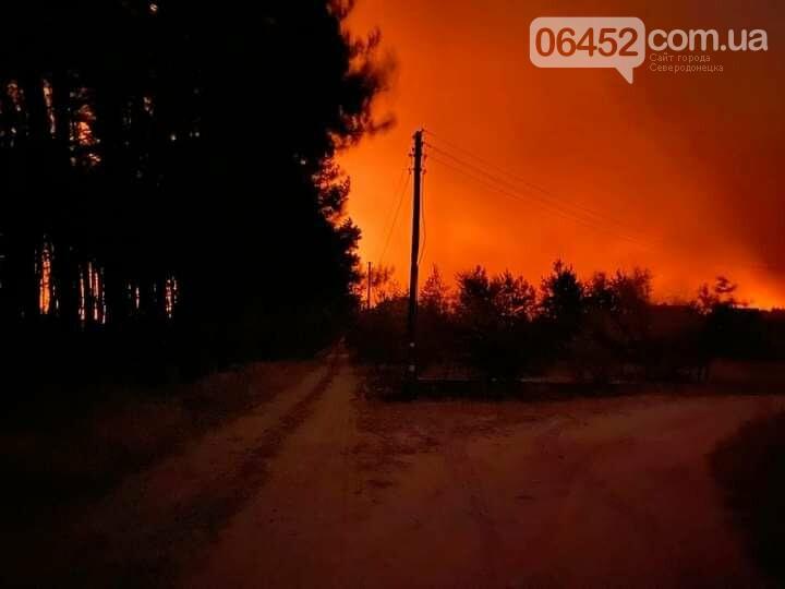 Стихия беспощадна: горит Александровка, Пурдовка и Боровеньки (видео) , фото-1