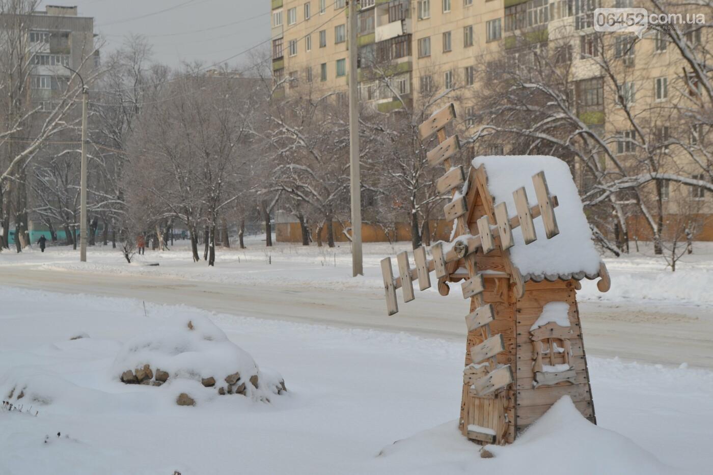 Заснеженный город: в Северодонецк пришла настоящая зимняя сказка (фото) , фото-40
