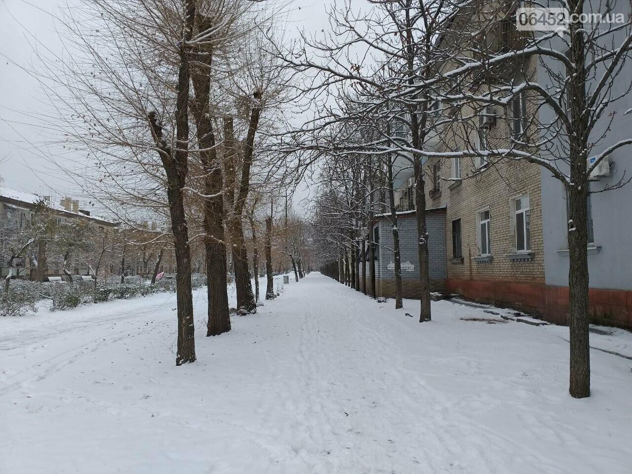 Заснеженный город: в Северодонецк пришла настоящая зимняя сказка (фото) , фото-47