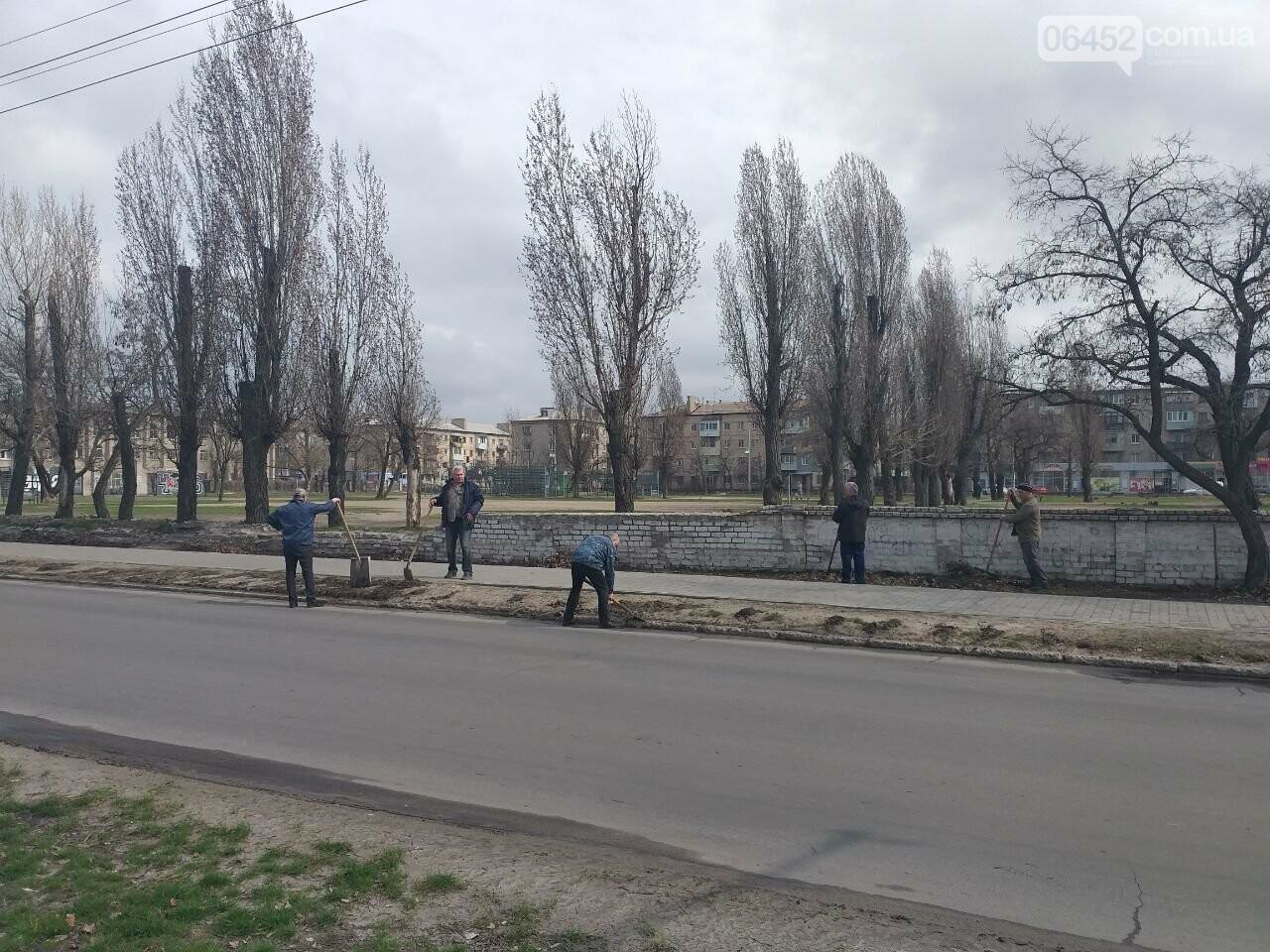 «Зеленая весна» в Северодонецке. Как благоустраивают город после зимы (фото), фото-23