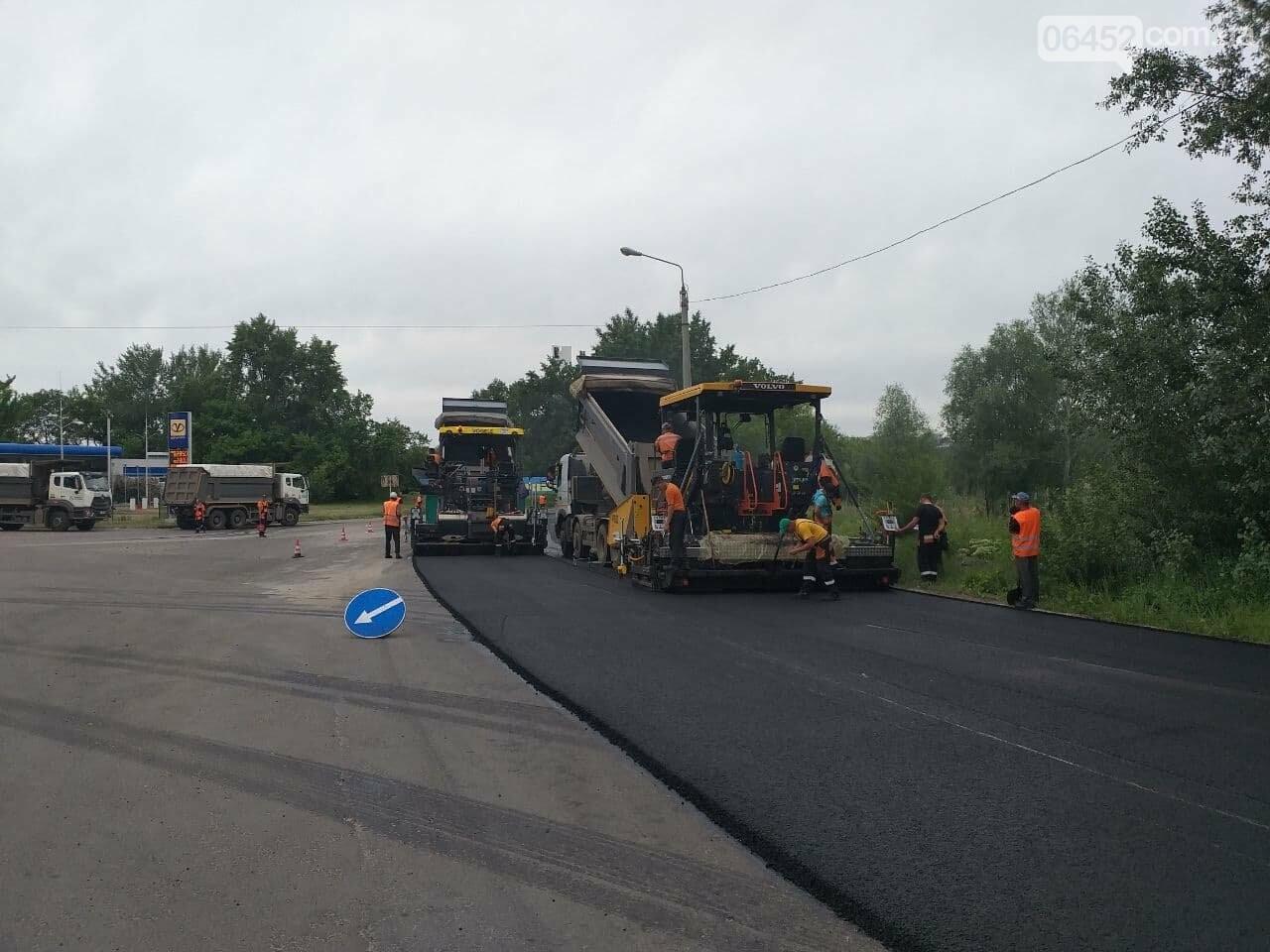 Ограничено движение троллейбусов и перекрыт пойменный мост: в Северодонецке ремонтируют дорогу, фото-11
