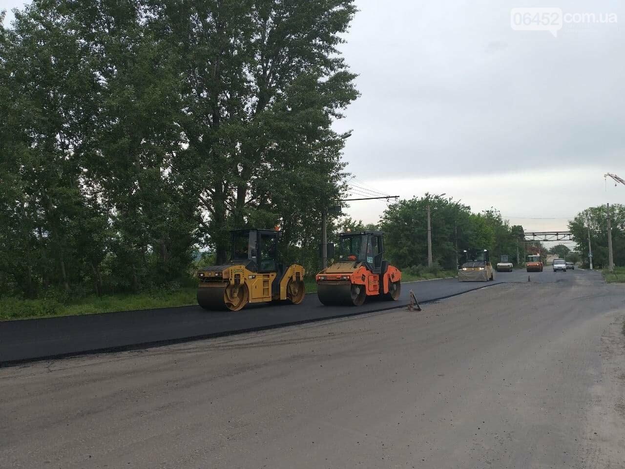 Ограничено движение троллейбусов и перекрыт пойменный мост: в Северодонецке ремонтируют дорогу, фото-8