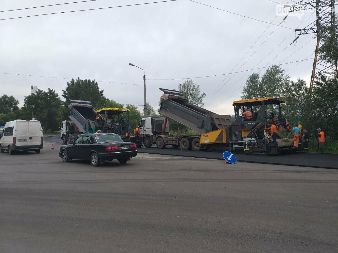 Ограничено движение троллейбусов и перекрыт пойменный мост: в Северодонецке ремонтируют дорогу, фото-14