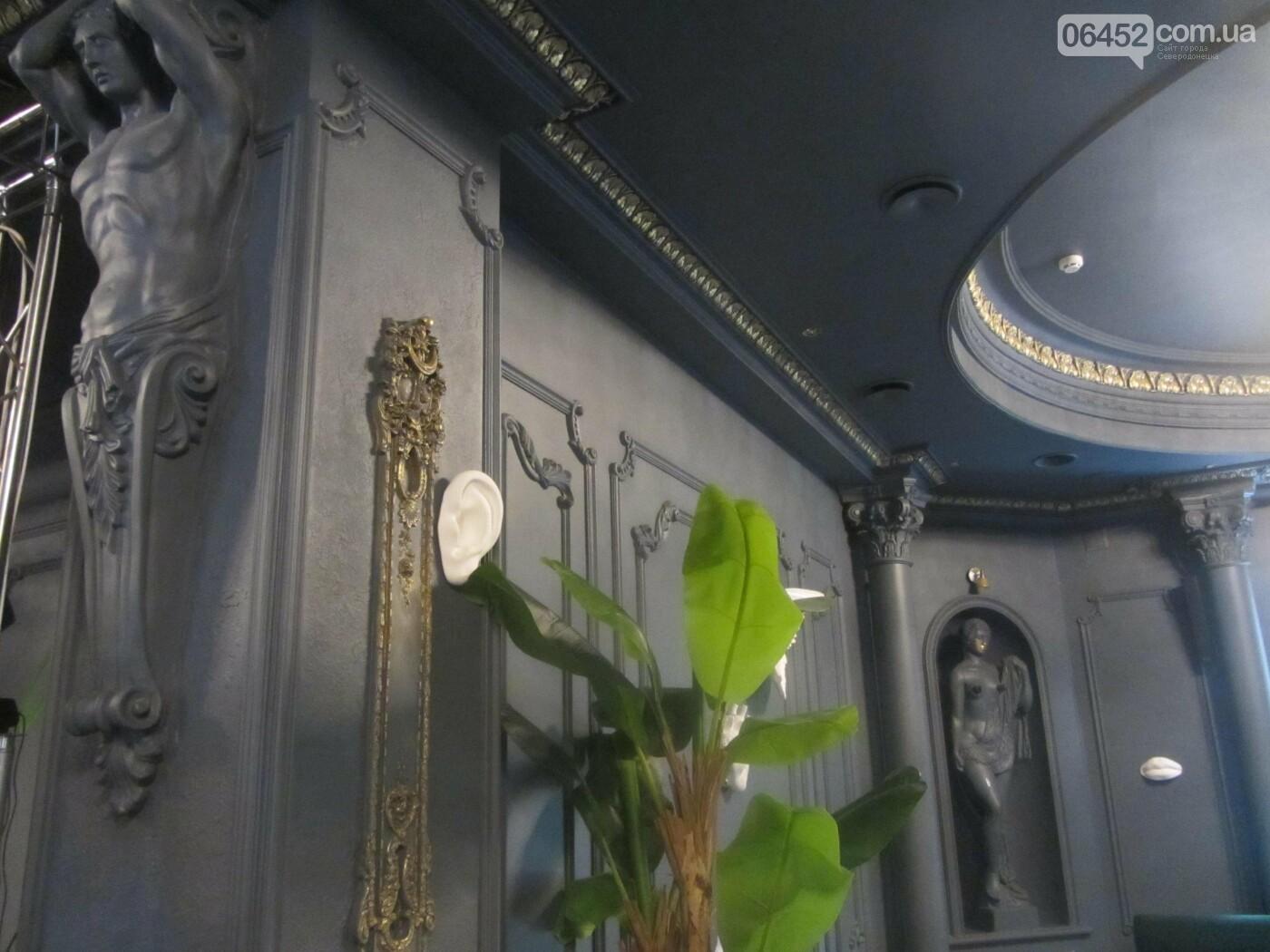 Как изменился интерьер в «Golden Palace» с переездом ресторана «Соль. Остальное мясо», фото-9