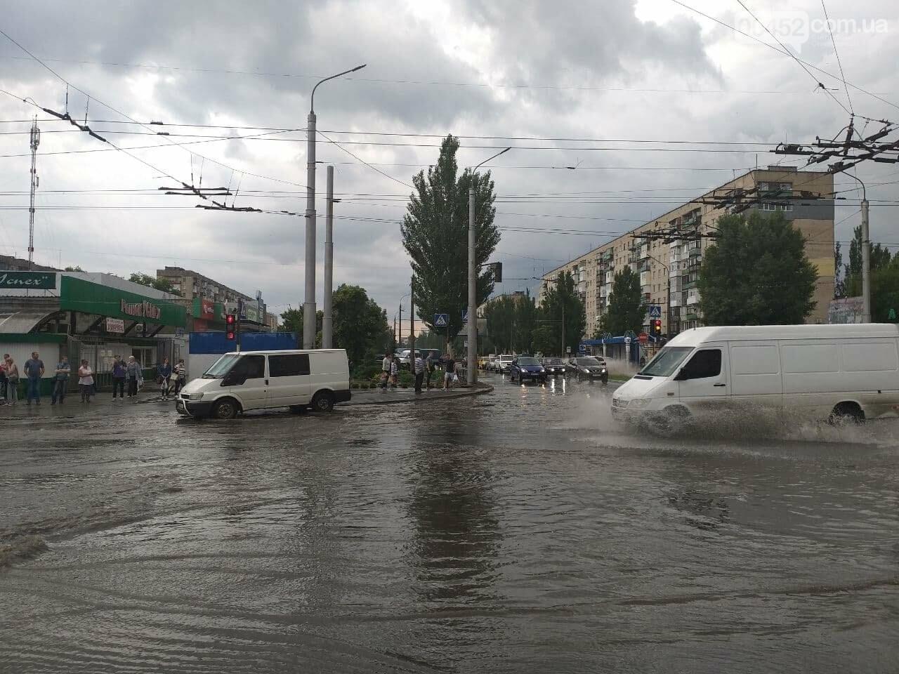 После дождика в четверг: мощный ливень обрушился на Северодонецк и оставил массу проблем, фото-12