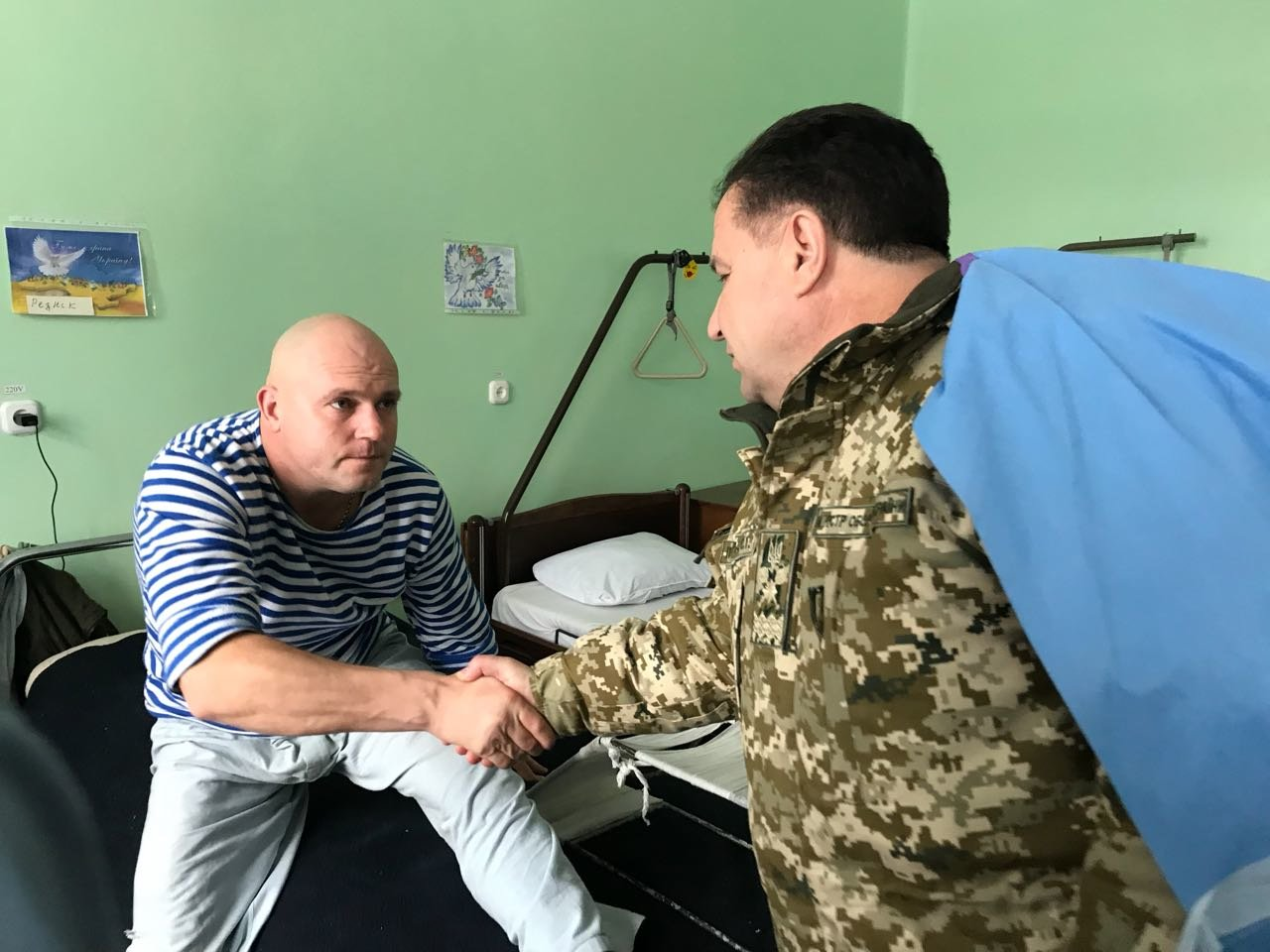 Степан Полторак відвідав поранених військовослужбовців у Сєвєродонецьку, фото-2