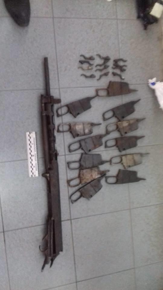 В Рубежном женщина пыталась по почте переслать винтовку, фото-1