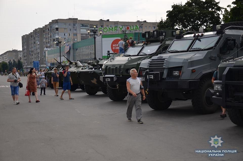 Лисичанск отметил день освобождения города от боевиков, фото-1