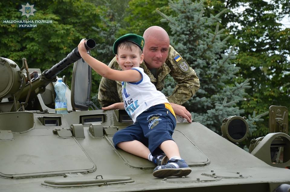 Лисичанск отметил день освобождения города от боевиков, фото-2
