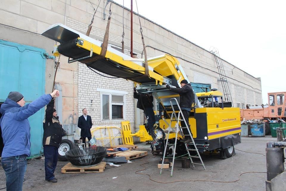 Северодонецкие коммунальщики получили новую спецтехнику (фото), фото-6