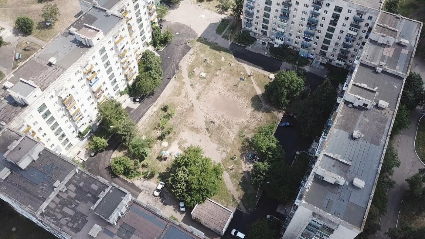 За три недели команда Сергея Рыбалка проложила 32,5  тыс. кв. м. нового асфальта в Лисичанске и окрестных городах, фото-7