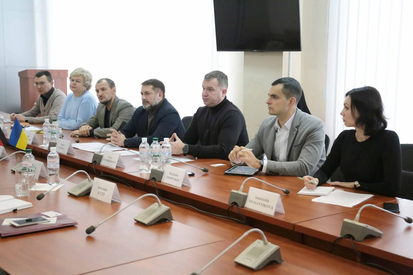 Глава Луганщины встретился с представителями Немецкого общества международного сотрудничества , фото-2