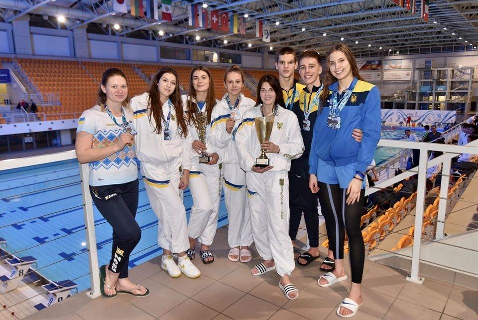 Северодонецкие спортсмены привезли медали с Финала Кубка Мира по плаванию, фото-1