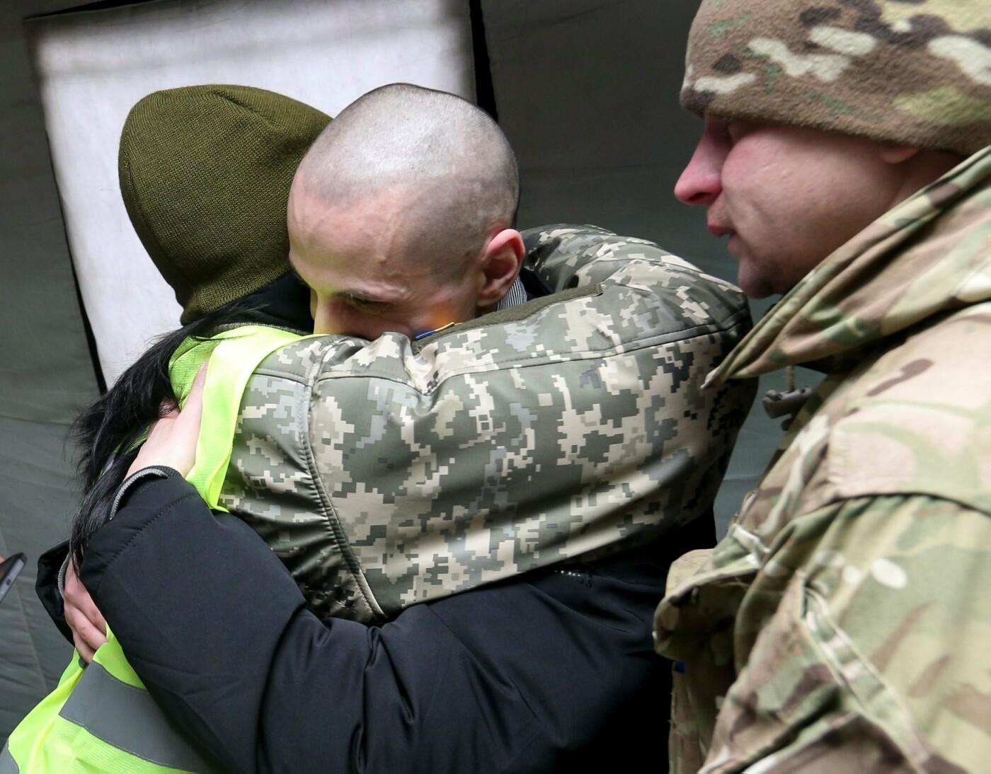 Произошел обмен военнопленными на Донбассе, фото-1