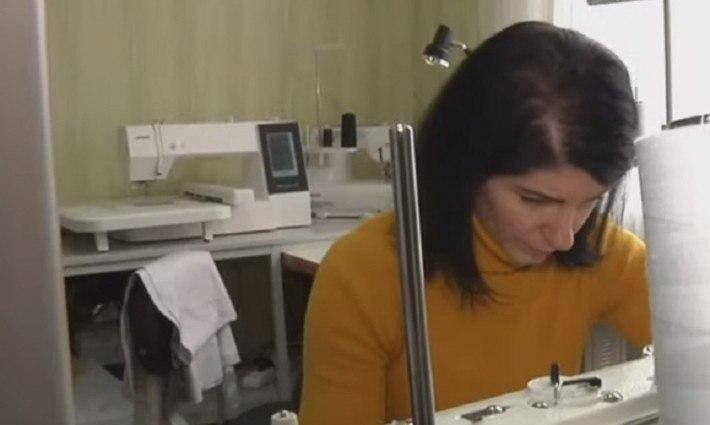 Переселенка из Луганска организовала швейный бизнес в Северодонецке, фото-1