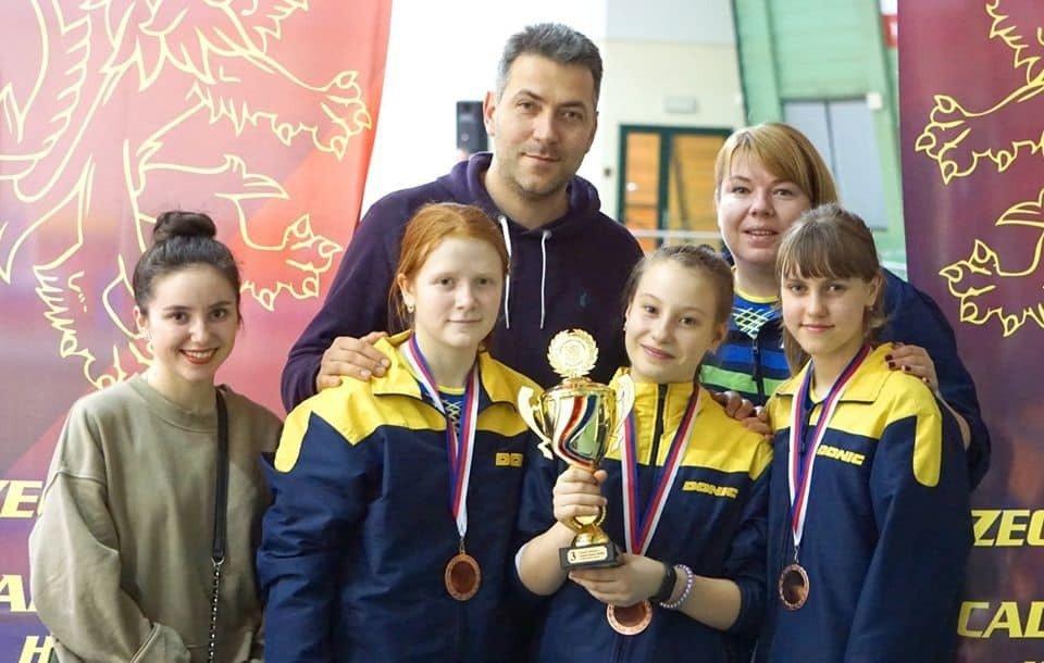 Юнные теннисистки Луганской области взяли бронзу на Международном турнире, фото-2