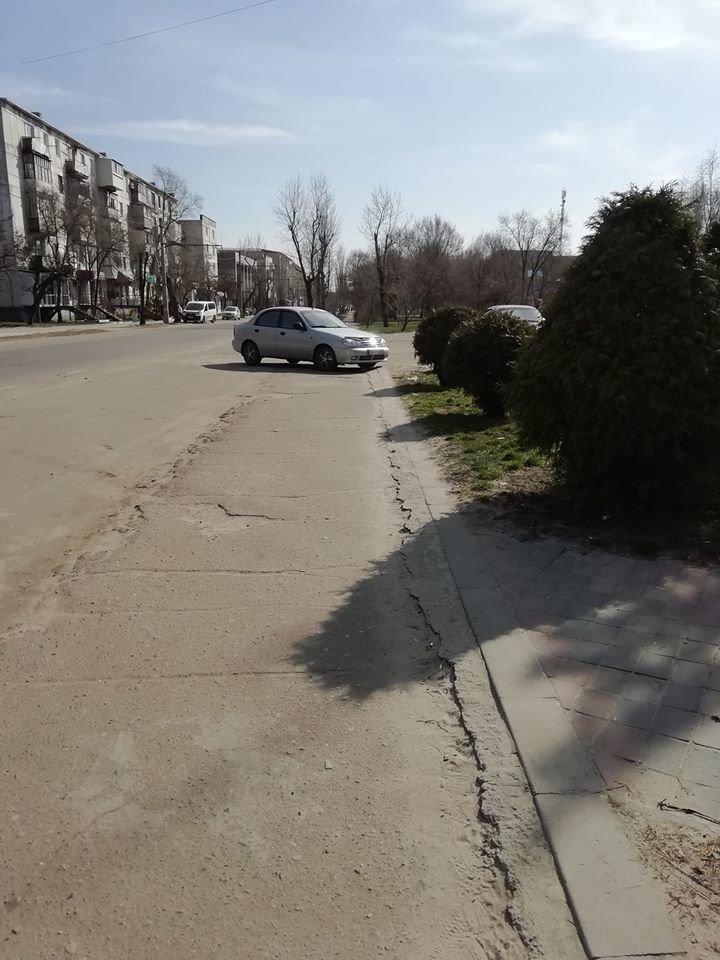 Фотофакт: парковка по северодонецки, фото-1