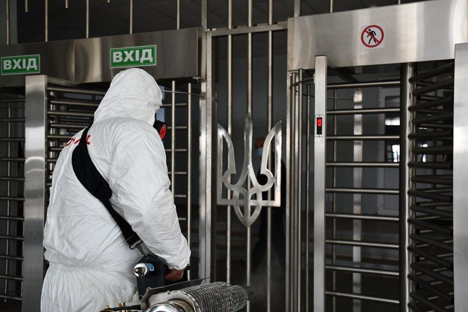 """Волонтеры """"ЗооКонтроль Украина"""" провели дезинфекцию в помещениях Национальной полиции, фото-1"""