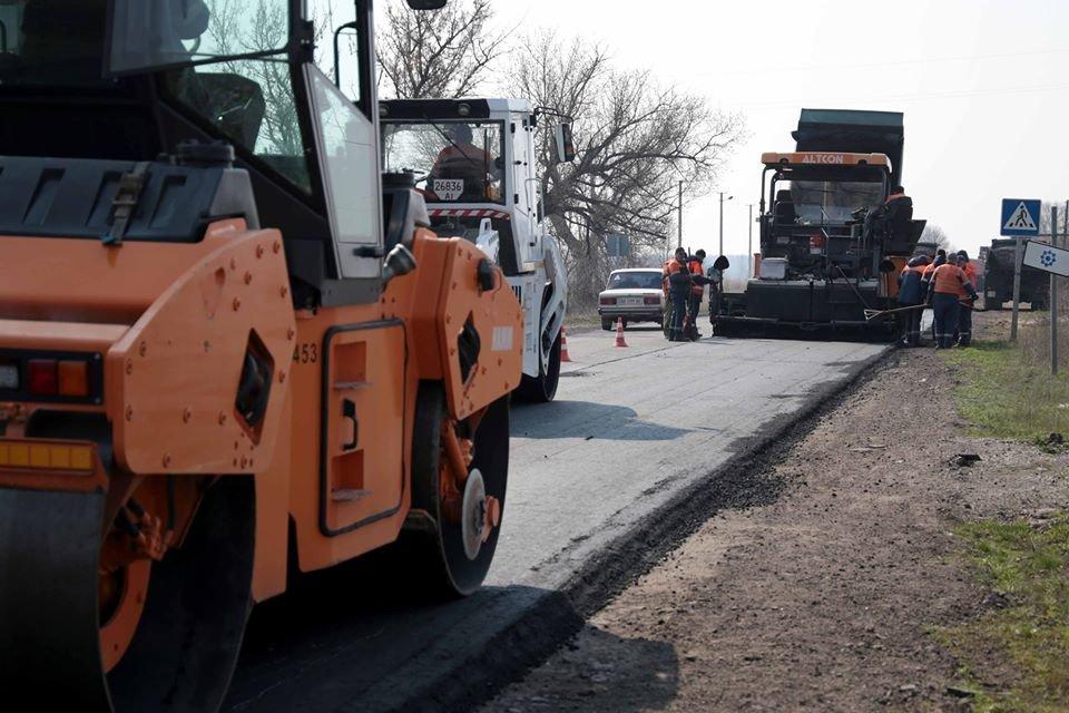 На Луганщине идет капитальный ремонт дорог, фото-2