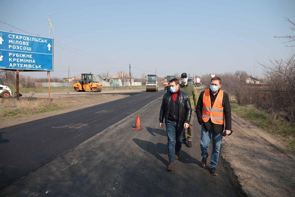 На Луганщине идет капитальный ремонт дорог, фото-1