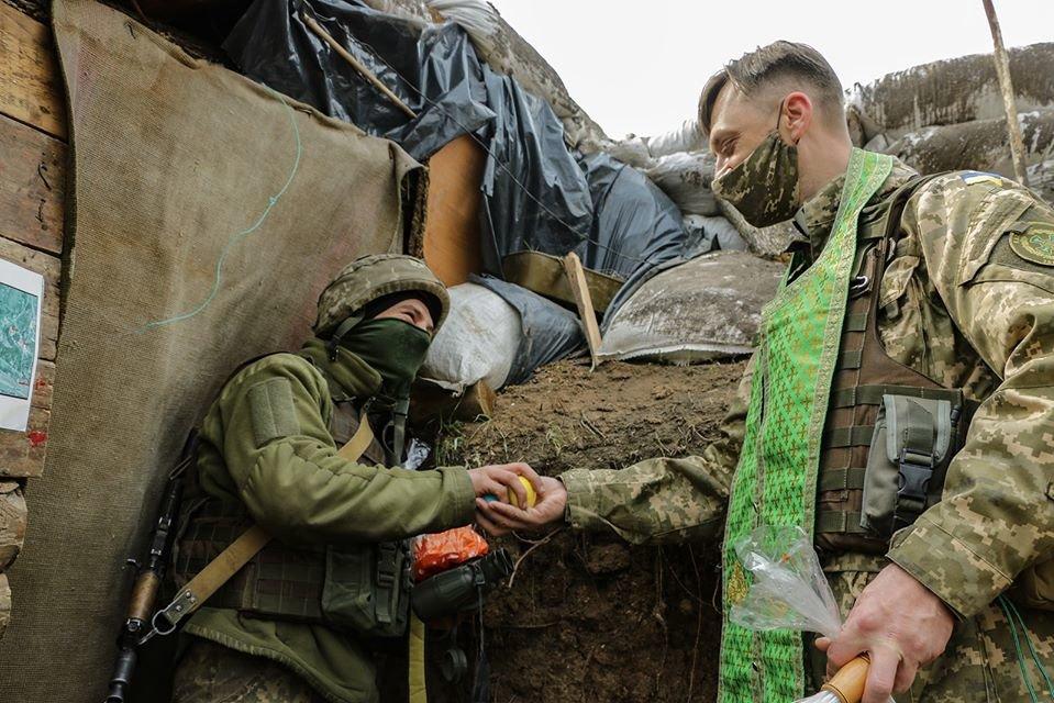 Украинские военные на Донбассе отметили Пасху ( фото), фото-9