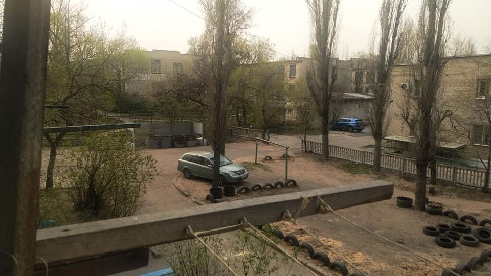В Северодонецке горожане оборудовали из покрышек детскую площадку (фото), фото-4