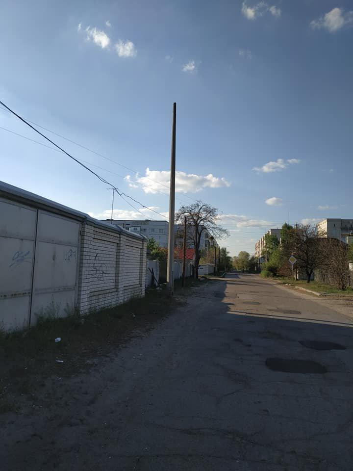 """В Северодонецке устанавливают """"опасные"""" столбы, фото-5"""