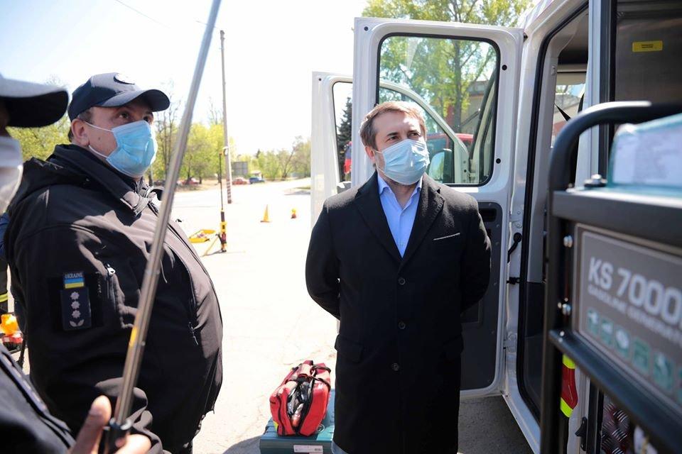 У спасателей Луганщины появился спецавтомобиль, фото-1