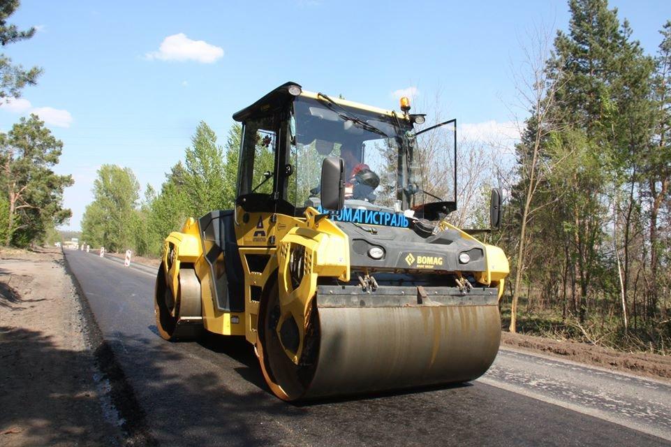 Автодорогу Станица Луганская - Северодонецк ремонтируют без выходных, фото-3
