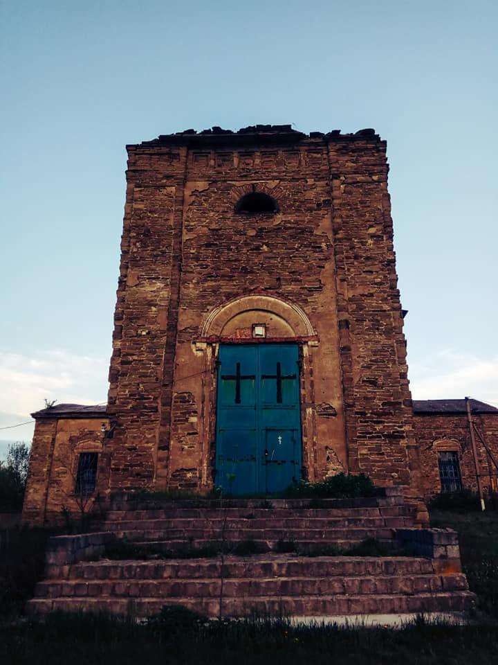 Храм на Луганщине выдержал обстрелы и превратился в культурное наследие, фото-3