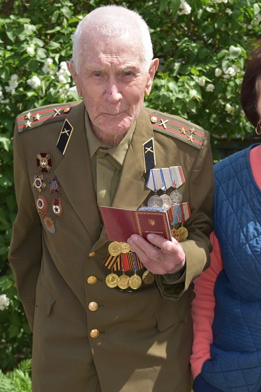 В Северодонецке 130 ветеранов получили подарки, фото-4