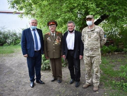 В Северодонецке 130 ветеранов получили подарки, фото-5