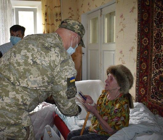 В Северодонецке 130 ветеранов получили подарки, фото-7
