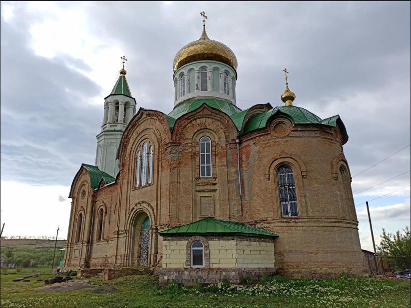 На Луганщине реставрируют храм, фото-1