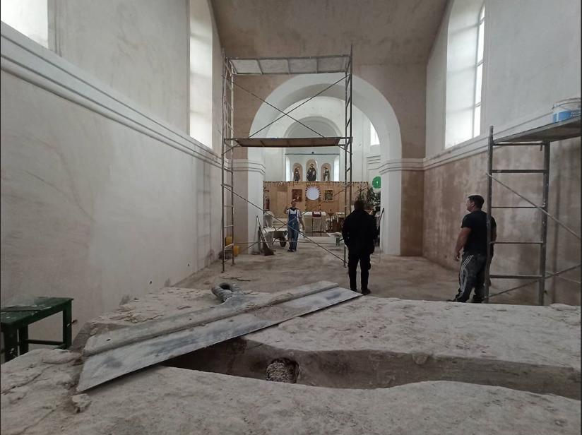 На Луганщине реставрируют храм, фото-2